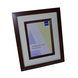Ambassador Dark Oak Wood 7x5 Photo Frame