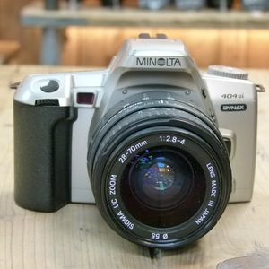 Used Minolta Dynax 404si 35mm SLR Camera with Sigma 28-70mm F2.8-4 Lens