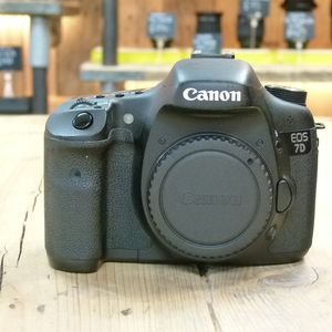 Used Canon EOS 7D Digital SLR Camera Body