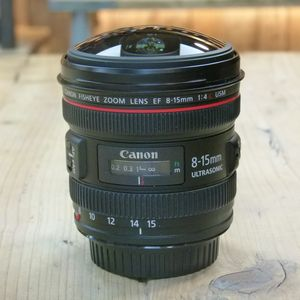 Used Canon EF 8-15mm F4 L USM Fisheye Lens