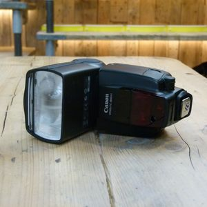 Used Canon 580EX II Speedlite Flash