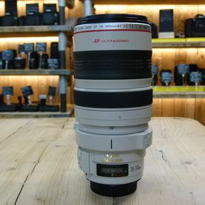 Used Canon EF 28-300mm F3.5-5.6 L IS USM Lens