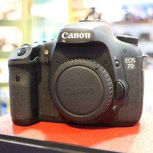 Used Canon 7D DSLR Camera Body