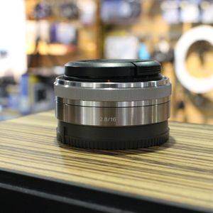 Used Sony 16mm F2.8 Silver Pancake Lens