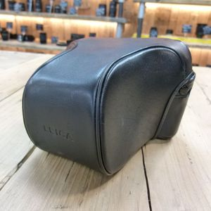 Used Leica Ever Ready Case for Leica M6 14871 Long Nose Front