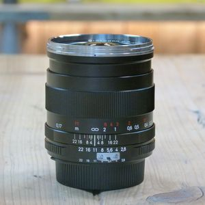 Used Carl Zeiss 25mm F2.8 Distagon ZF T* lens- Nikon fit (manual)
