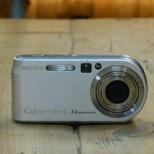 Used Sony Cybershot P200 Compact Camera