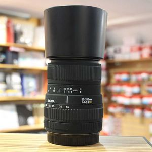 Used Sigma AF 55-200mm f4-5.6 DC Lens - Canon Fit