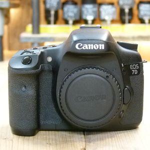 Used Canon EOS 7D Digital SLR Camera Body