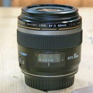 Used Canon EF-S 60mm F2.8 USM Macro Lens