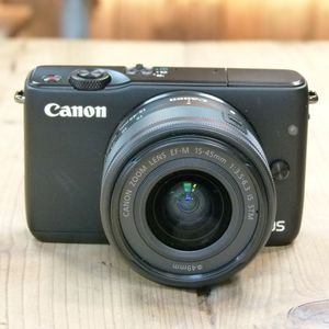 Used Canon EOS M10  Camera with 15-45mm IS STM Lens