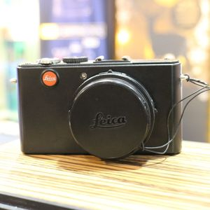 Used Leica D-Lux 4 Digital Compact Camera with Leica Case