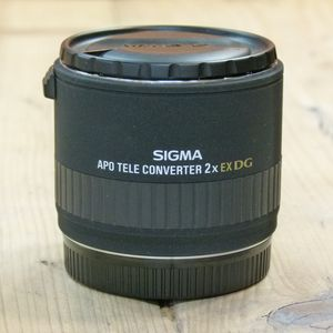 Used Sigma 2x EX DG APO Tele Converter - Canon Fit