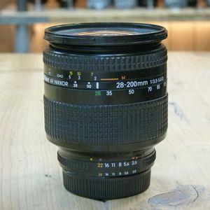Used Nikon AF 28-200mm F3.5-5.6 D Lens