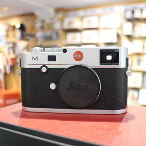 Used Leica M 240 Silver Chrome Digital Rangefinder Camera 10771