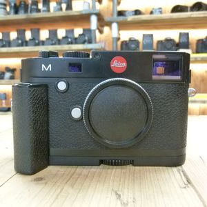 Used Leica M 240 Black Digital Rangefinder Camera 10770 with 14496 Handgrip fitted