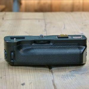 Used Fujifilm X-T1 Vertical Battery Grip VG-XT1