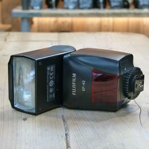 Used Fujifilm EF-42 TTL Flash
