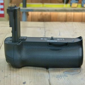 Used Canon BG-E11 Battery Grip for  EOS 5D Mark III , 5DS 5DSR