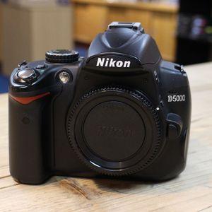 Used Nikon D5000 Digital SLR Camera Body