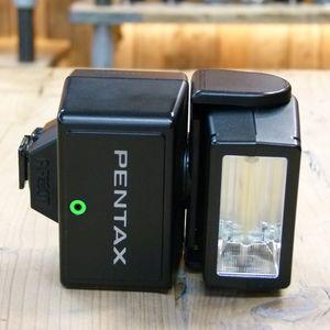 Used Pentax AF280T Flashgun for 35mm Film SLR Cameras