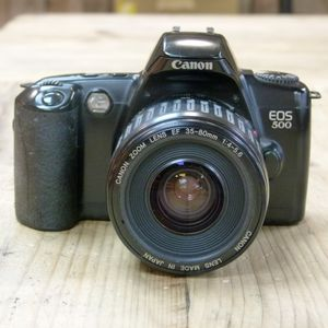 Used Canon EOS 500 SLR Film Camera with 35-80mm  Lens