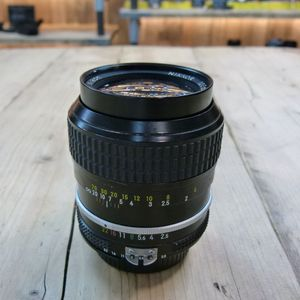 Used Nikon MF 105mm F2.5 Manual Focus  Ai Lens