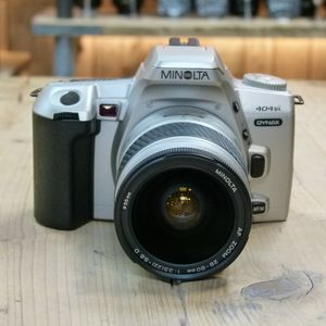 Used Minolta Dynax 404si 35mm SLR Camera with 28-80mm Lens