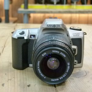 Used Minolta Dynax 505si 35mm SLR Camera with Sigma 28-80mm Lens