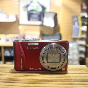 Used Panasonic Lumix TZ20 Red Digital Compact Camera