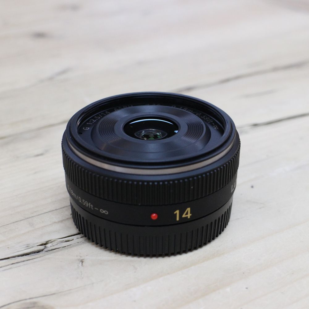 Used Panasonic 14mm f2.5 Lumix G Micro Four Thirds Pancake ...